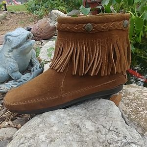 Minnetonka suede fringe concho ankle bootie size 8
